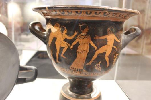דווקא כד יווני ולא רומי...