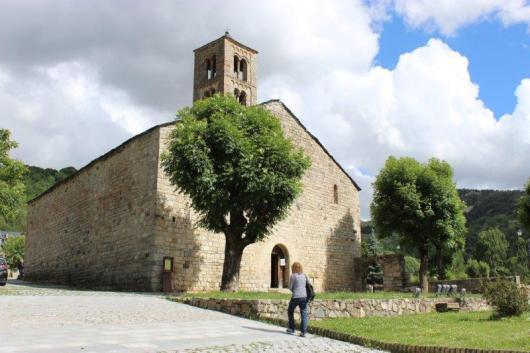 הכנסייה בכפר טאול (Taull)
